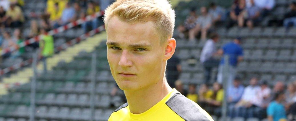 Pieper spielt bei den BVB-Profis vor